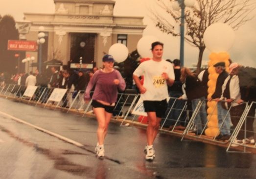 Kristene Perron running in the Victoria Marathon